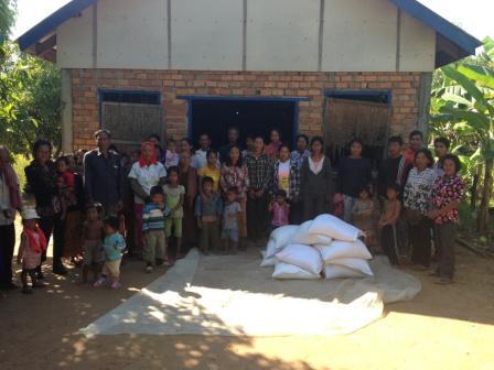 Cambodia_rice_distribution_07