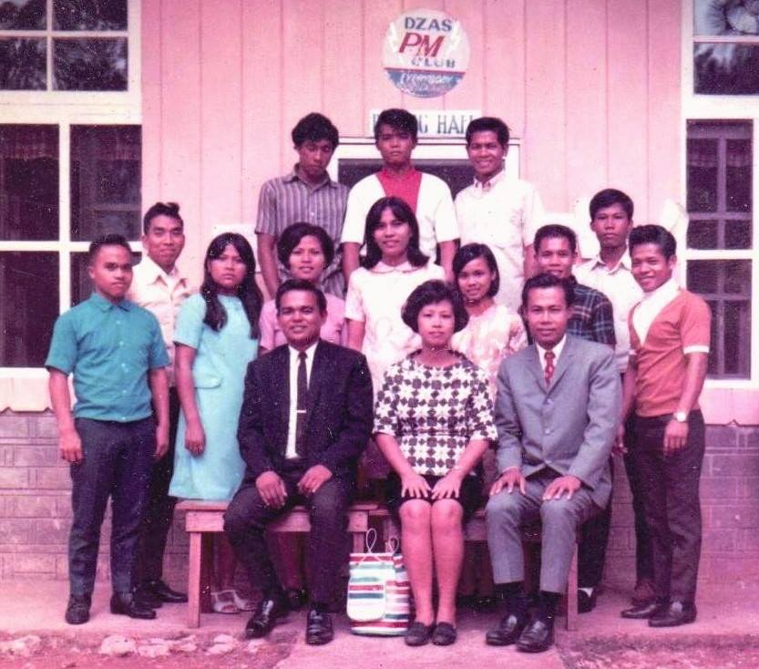 Ptr. Norie in Nazarene Bible College, year 1970. (first person at the bottom row, left)