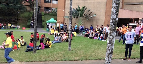 The lawns were full with people participating in the celebration.